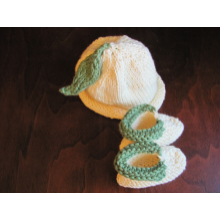 Little Sprouts Set - Baby Hat and Booties
