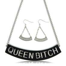 Queen B Necklace set