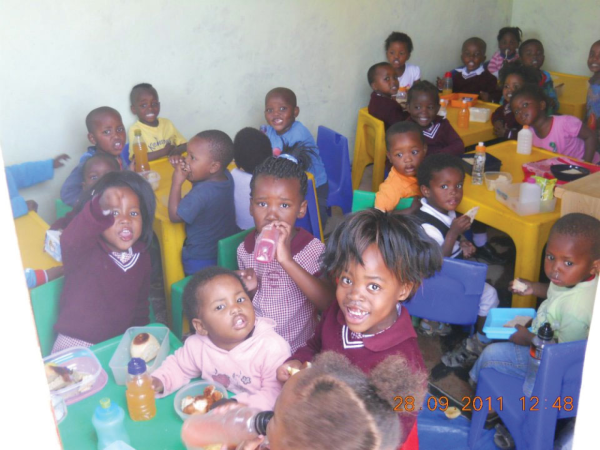 Provide Nutritious Meals for Preschool Children in South Africa!